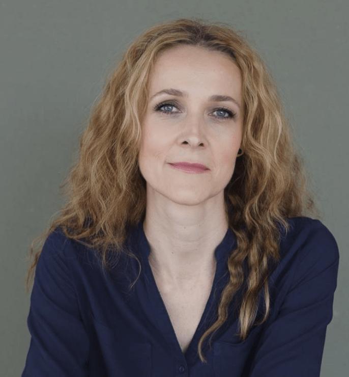 Simona Lesar